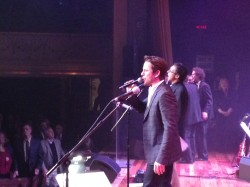 Chip Esten performs for Lipscomb On A New Stage